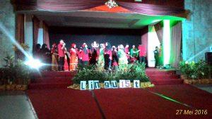 """Suasana malam Inaugurasi yang dilaksanakan PBI FTK dengan tema """"Bersatu Dalam Kebersamaan"""" di Gedung Baruga BPN. Jumat (27/05/2016)"""